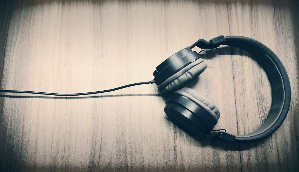 The Nature of Podcasts: 10 Wonderful Stories About the Environment